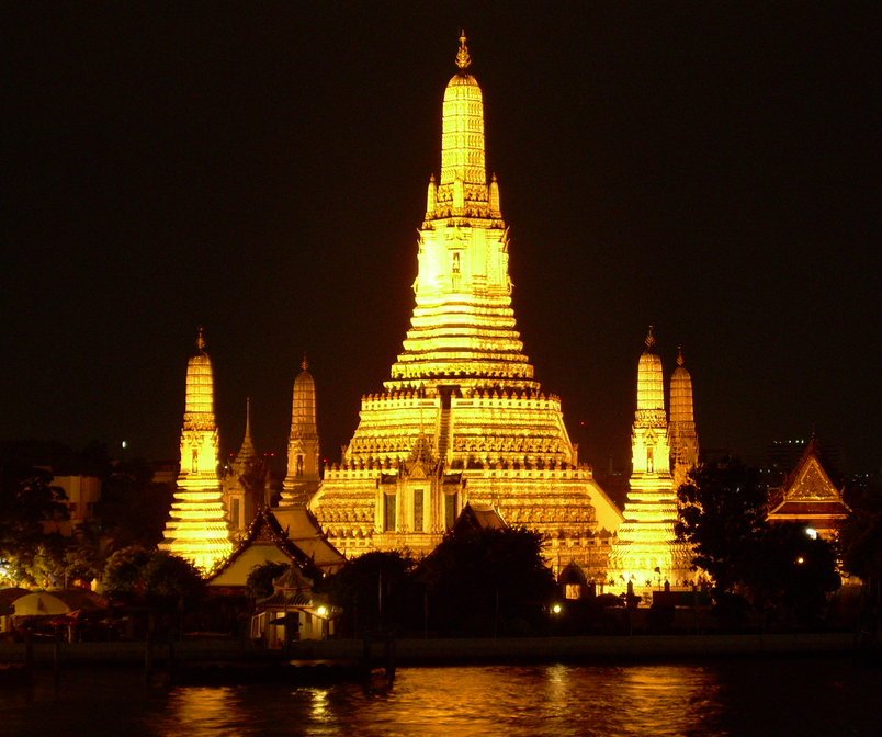 Bangkok Wat Arun Night