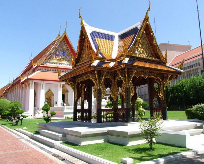 Bangkok National Museum Outside