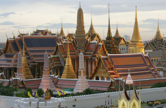 Bangkok – The Grand Palace and Wat Phra Kaew(Temple of The Emerald Buddha)